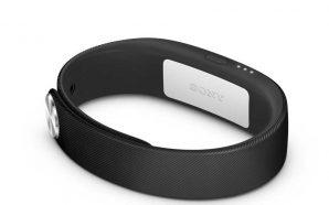 Sony-SmartBand-01