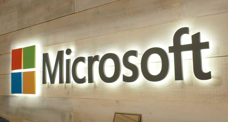 Microsoft-Wall-01