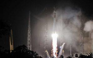 Galileo-Liftoff-01