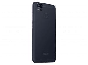 ASUS-ZenFone-Zoom-S-02