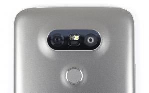 LG-Phone-Back-01