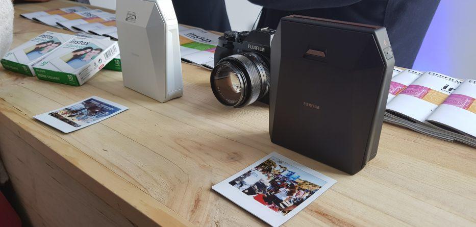 fujifilm impressora instax share sp-3 - Fujifilm SP 3 2 933x445 - Fujifilm lança impressora para smartphone Instax Share SP-3