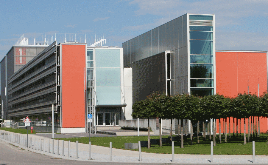 LRZ Leibniz Supercomputing Centre