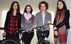 Universidade de Aveiro Investigadoras modelo Modelo matemático prevê acidentes com peões e ciclistas Universidade de Aveiro Investigadoras 298x186