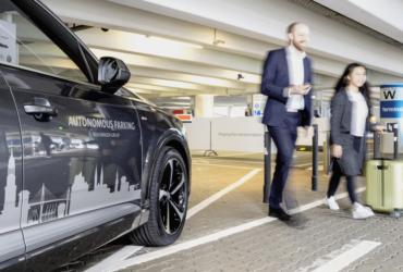 Volkswagen Estacionamento autónomo