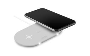 Puro apresenta base de carregamento wireless duplo