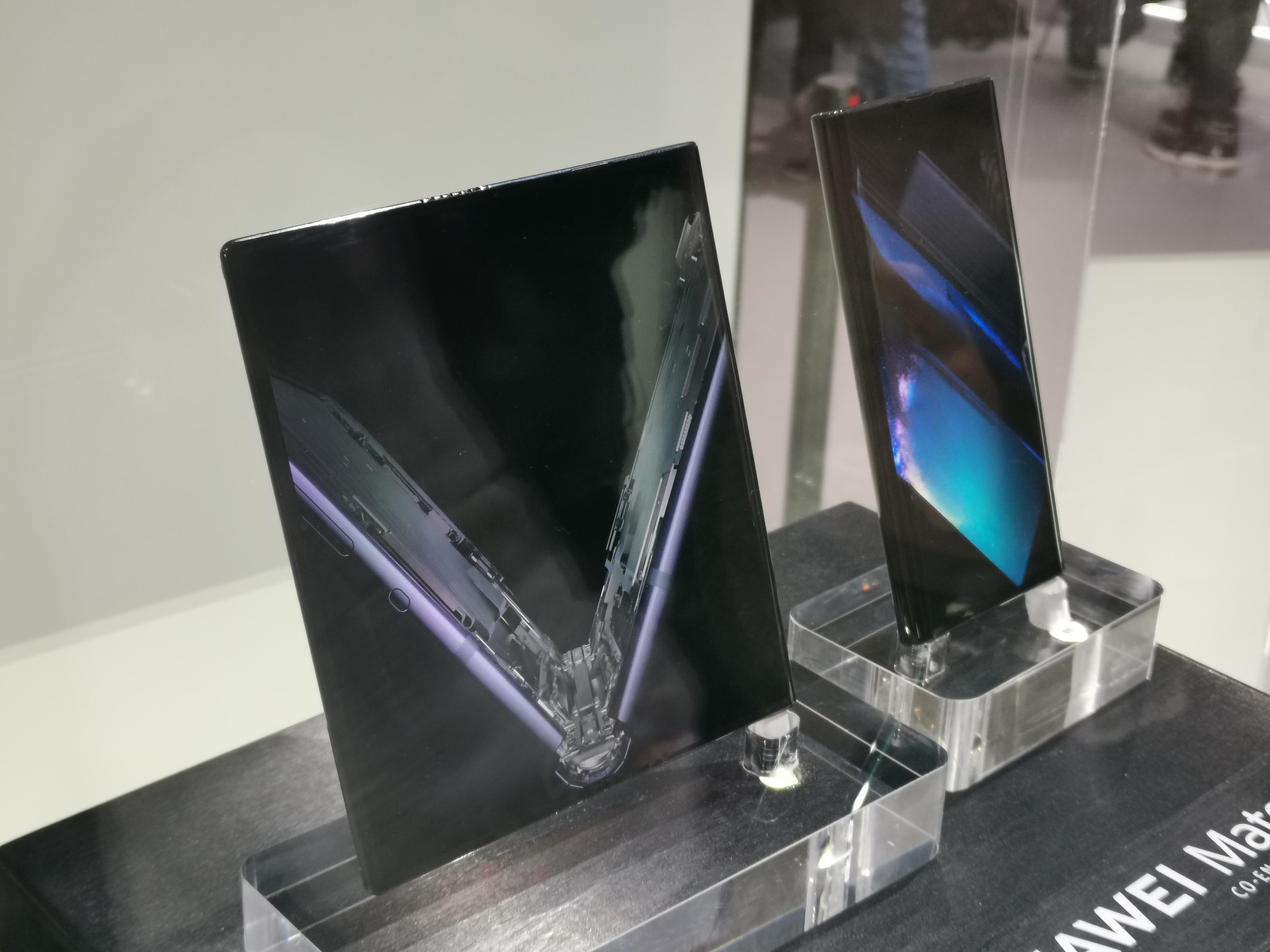 Huawei Mate x 1