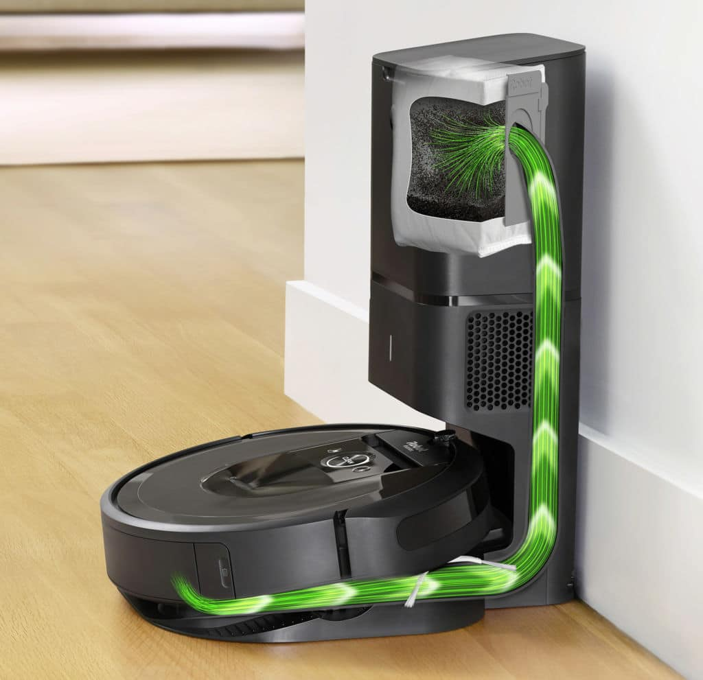 Roomba i7 _CleanBase1