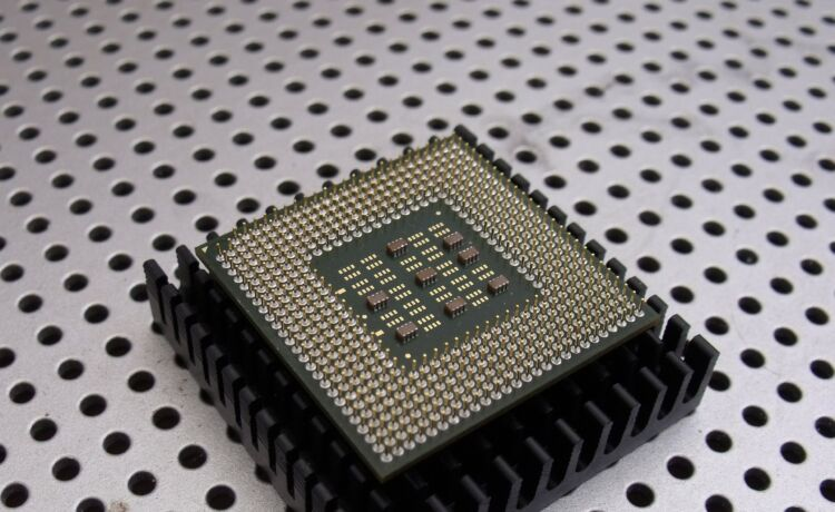 História do microprocessador 5