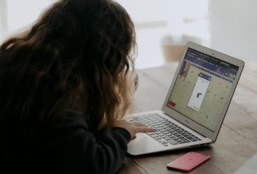 O Google reforça o apoio ao ensino remoto ©Annie Spratt